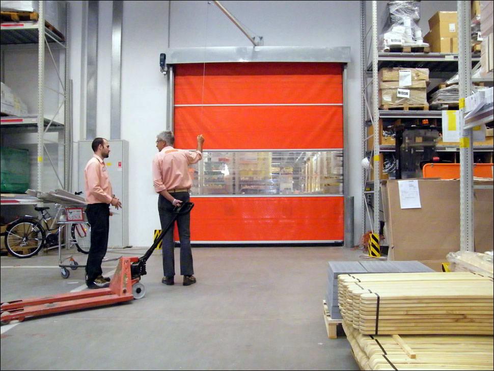 DITEC SMART ipari gyorskapu a soproni OBI áruházban